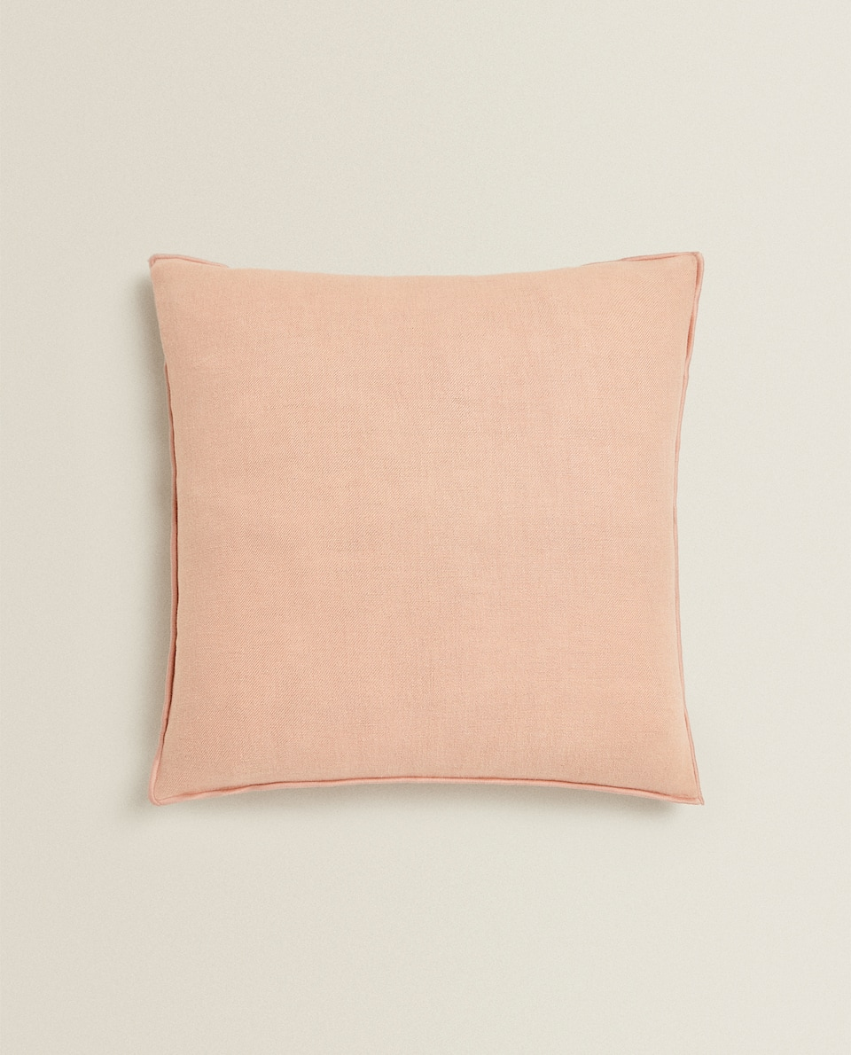 LINEN CUSHION COVER WITH OVERLOCK