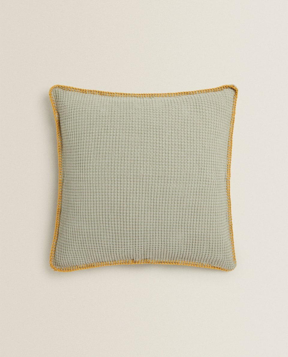 REVERSIBLE FAUX FURT CUSHION COVER
