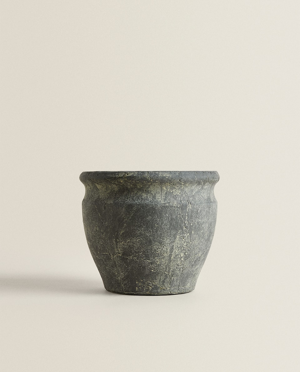 FLOWERPOT WITH ANTIQUE FINISH
