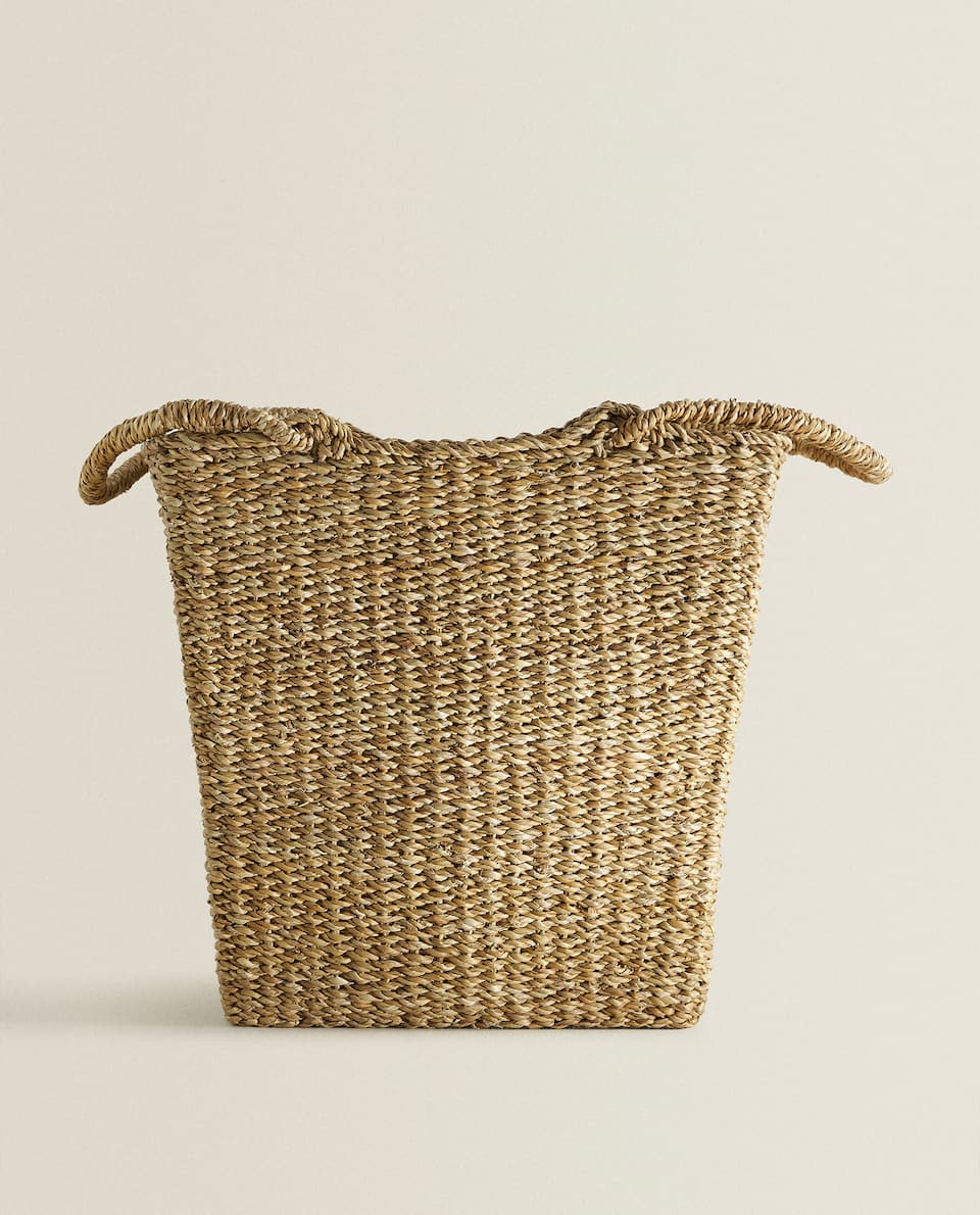 JUTE BASKET WITH HANDLES