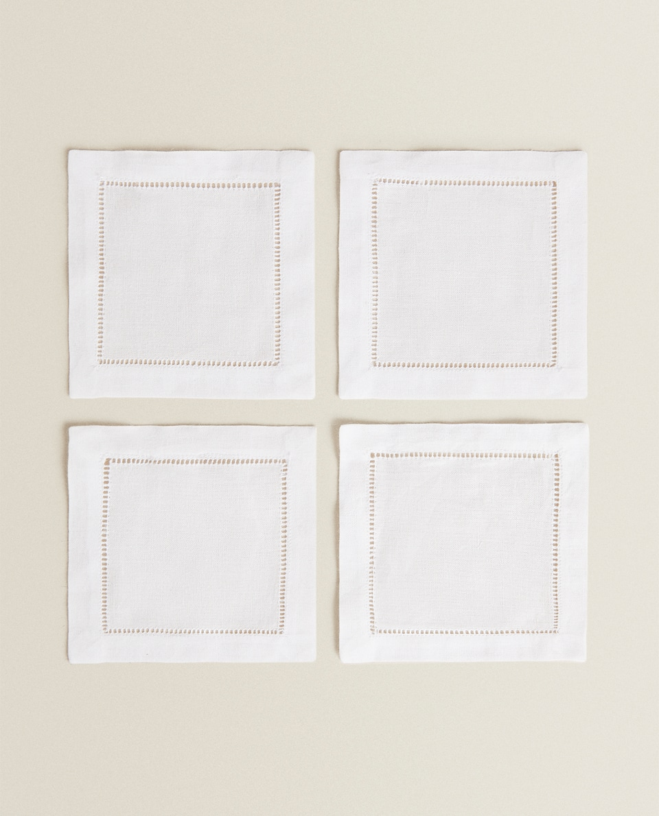 HEMSTITCHED COASTERS (PACK OF 4)
