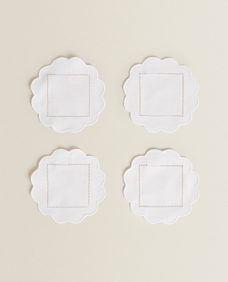 SCALLOPED COASTERS (PACK OF 4)