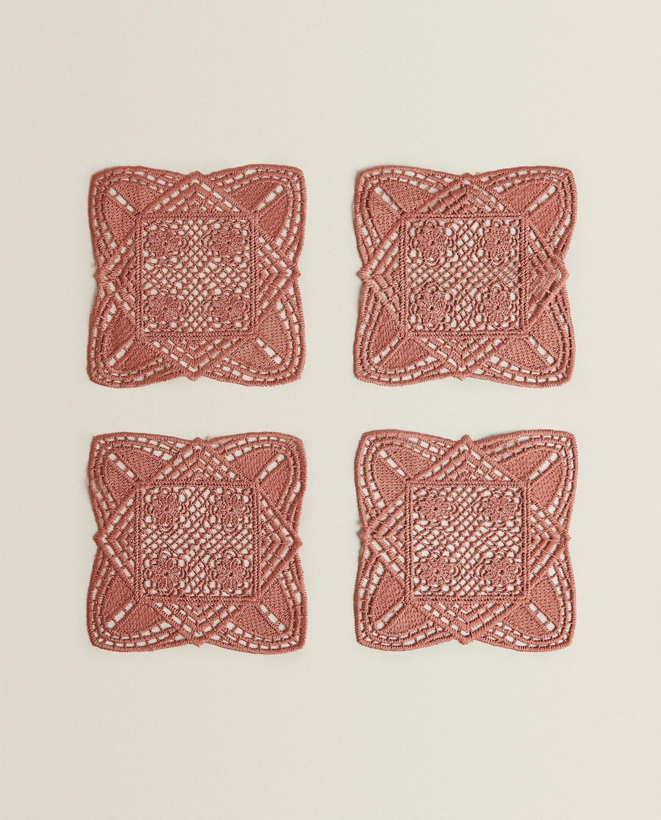 LACE COASTERS (PACK OF 4)