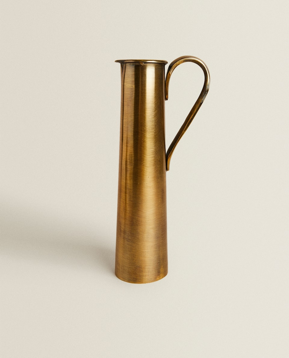 LONG GOLDEN WATERING CAN
