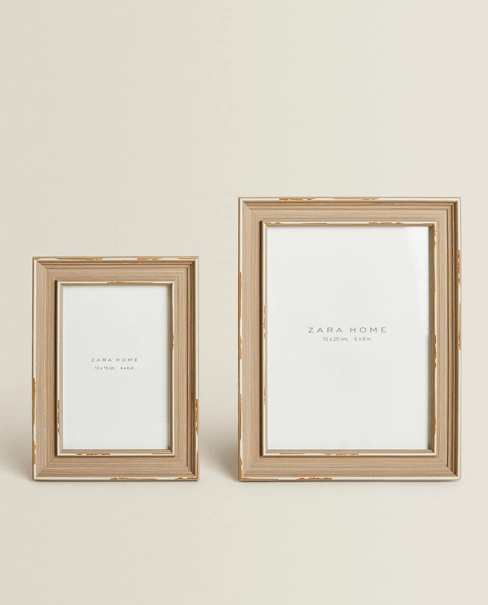 GREY FRAME WITH PASSE-PARTOUT
