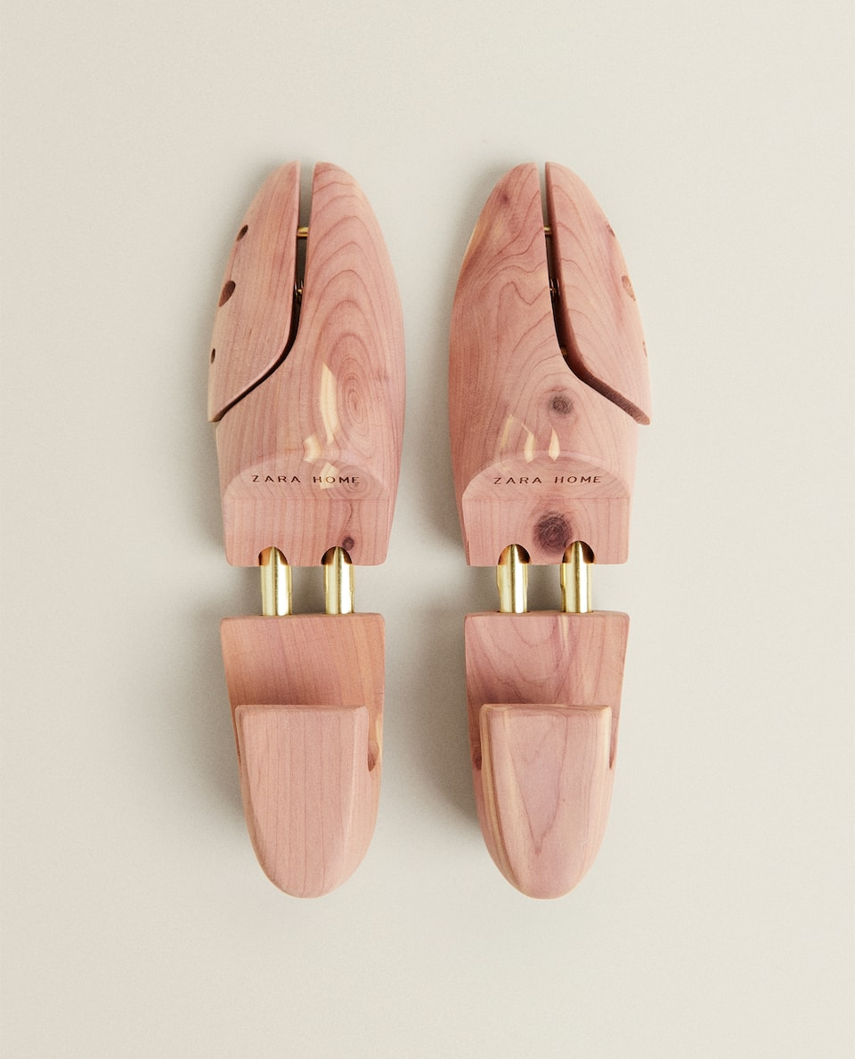 WOODEN SHOE LAST (SET OF 2)