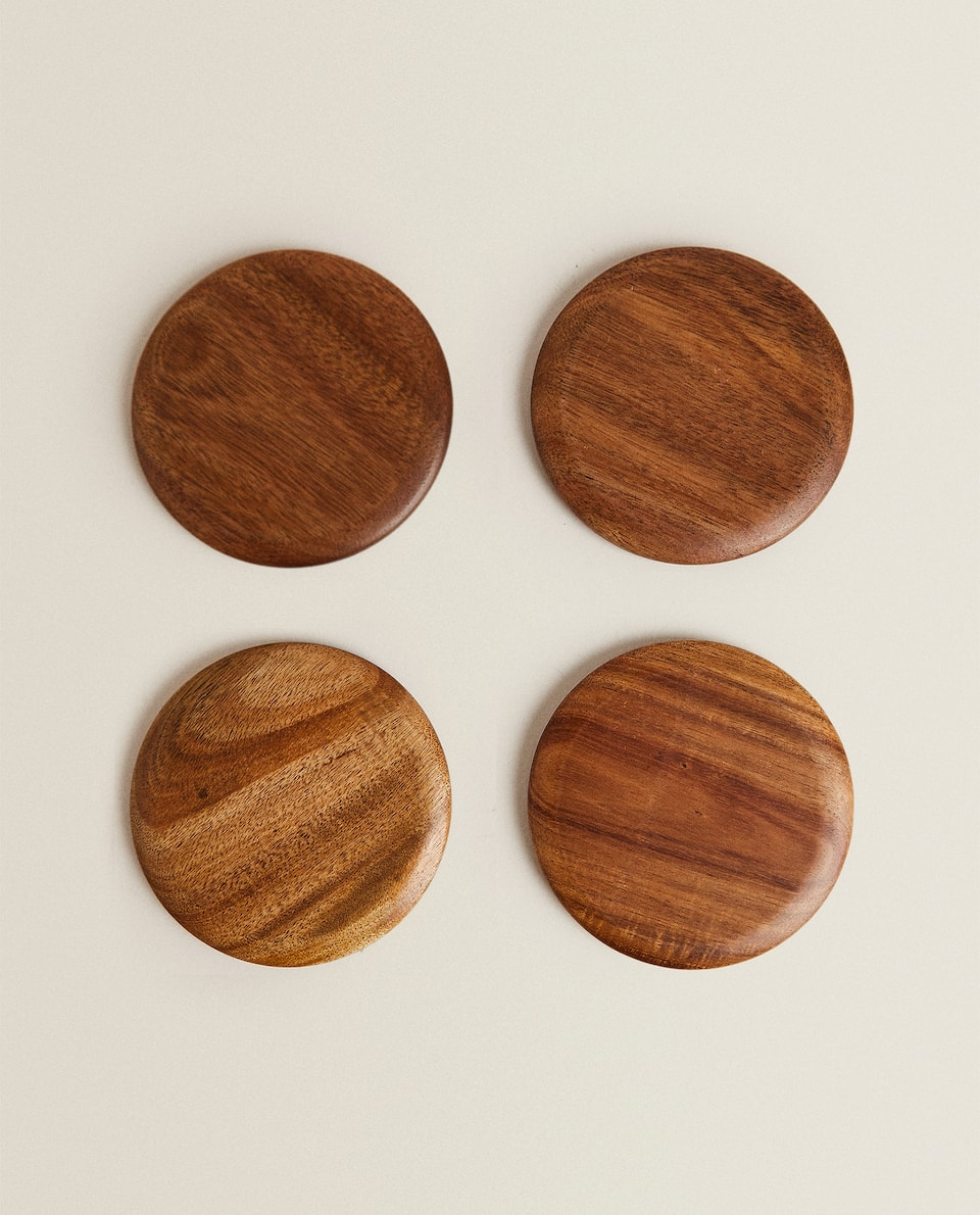 WOODEN COASTERS (PACK OF 4)