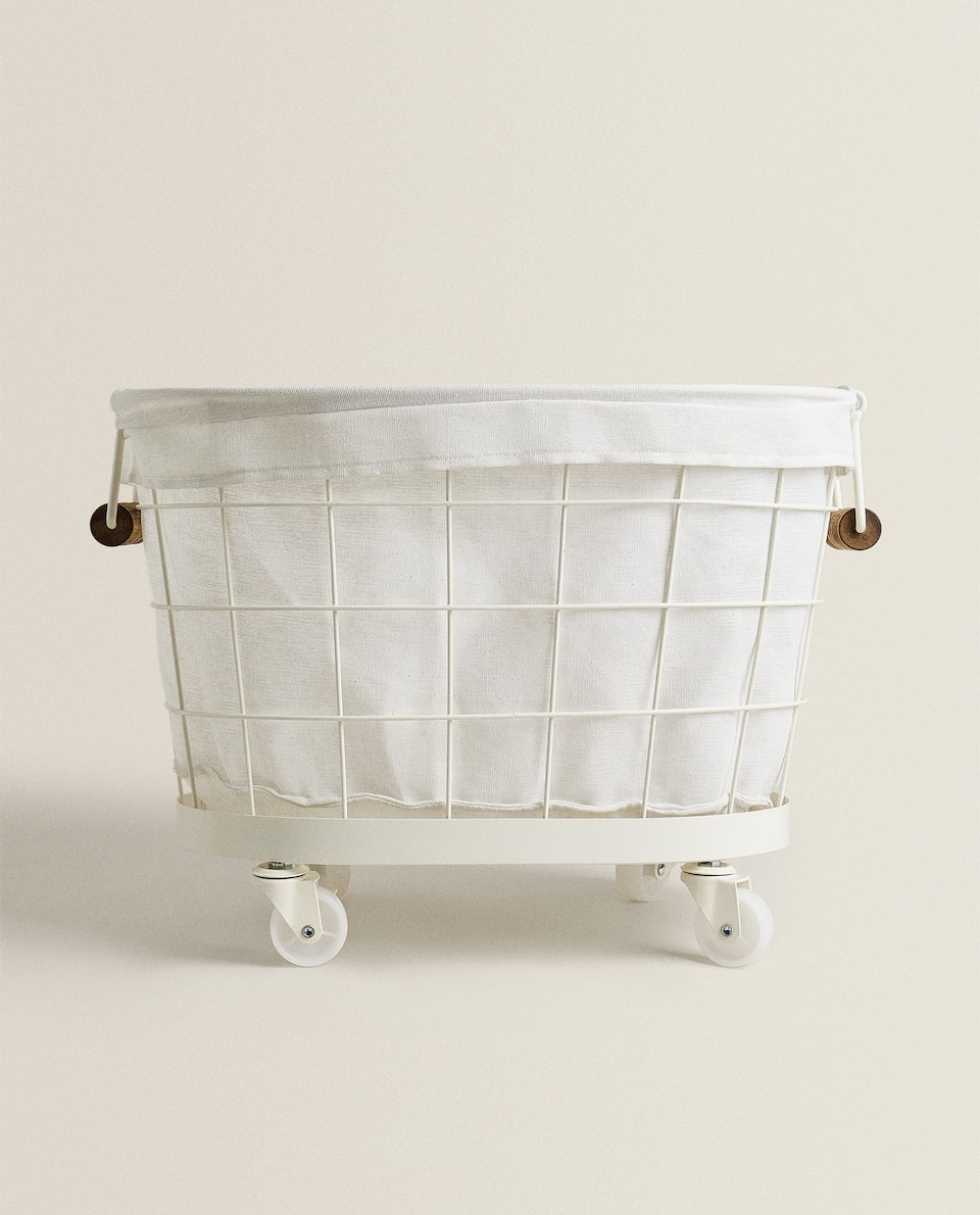 LACQUERED METAL BASKET WITH WHEELS