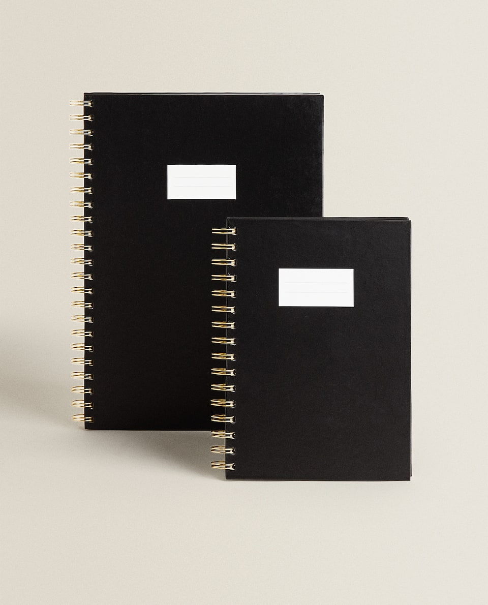 NOTEBOOK WITH RINGS