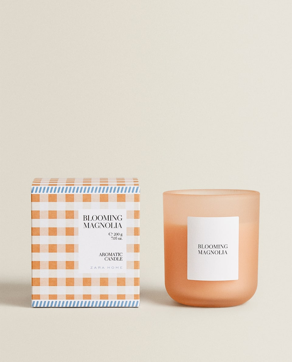 (200 G) BLOOMING MAGNOLIA SCENTED CANDLE