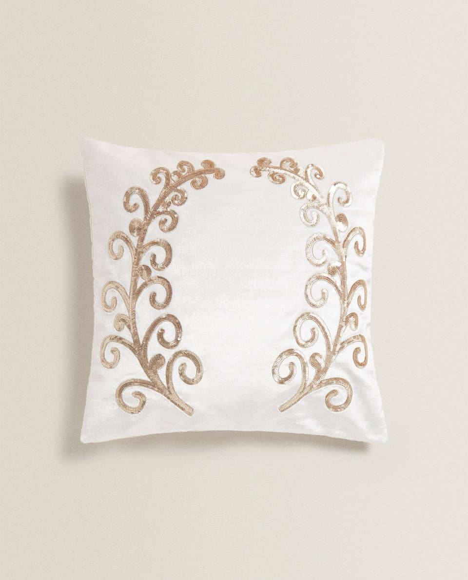 VELVET CUSHION COVER WITH LEAF MOTIFS